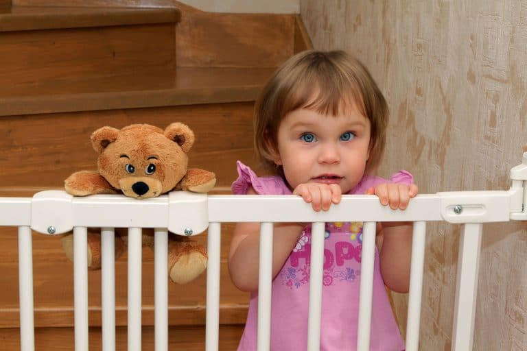 Baby Gates for Stairs with Banisters: Putting Their Safety As Your Priority
