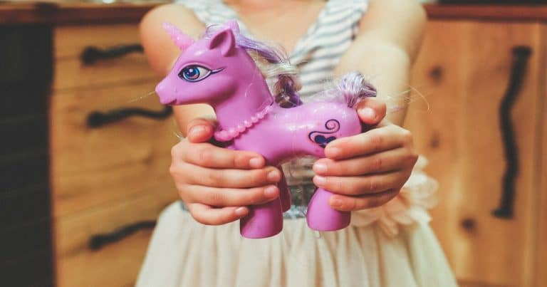 Top 10 Horse Toys for Girls – The Perfect Gift for Pony & Unicorn Lovers!
