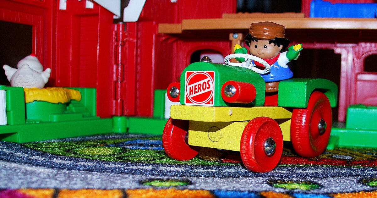 farm toys post
