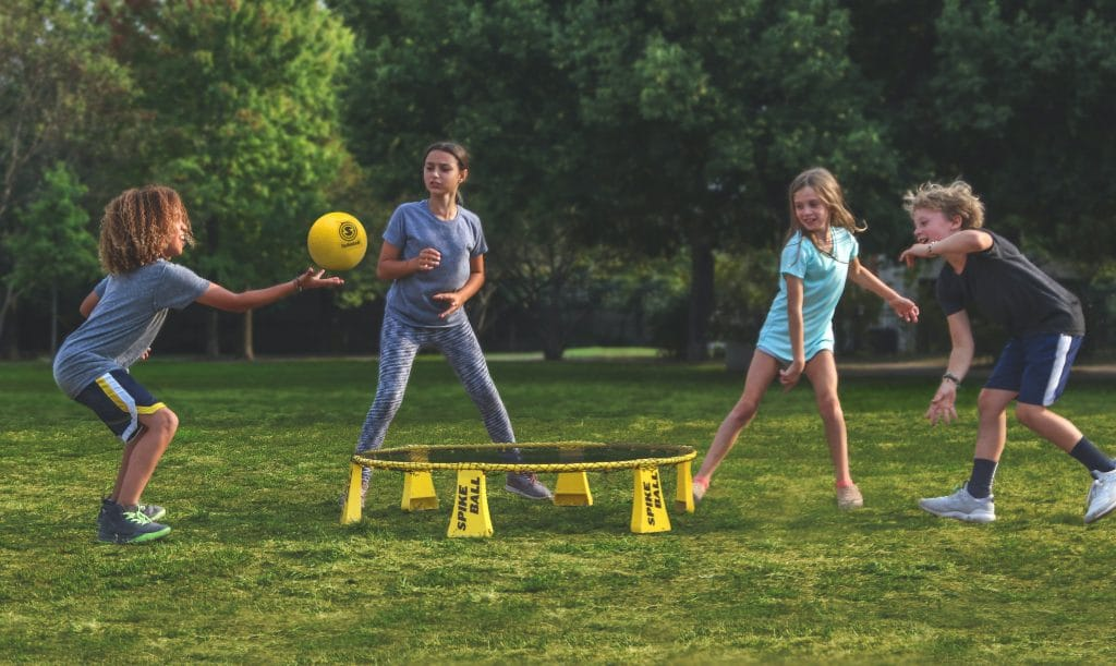 Slammo vs. Spikeball